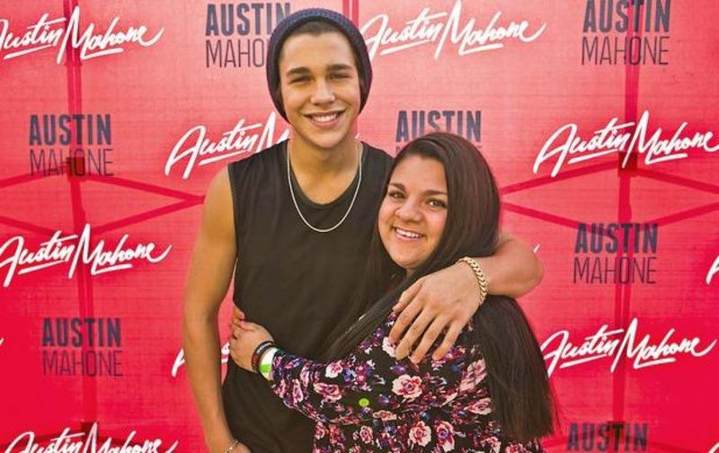 August Mahomie of the Month!
