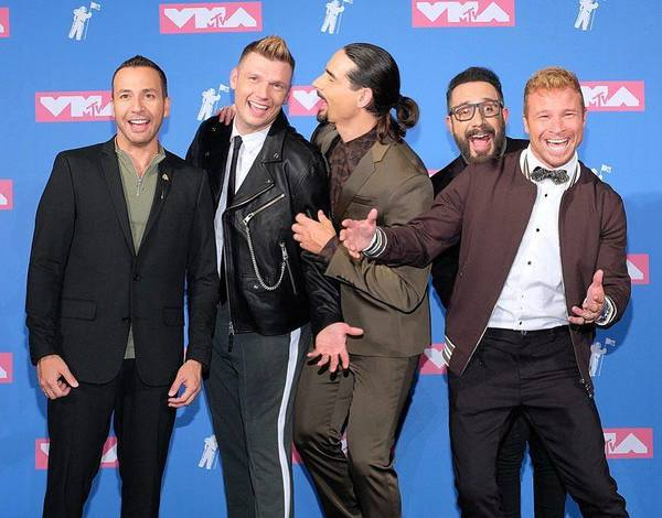 The Backstreet Boys Blow The Rooftop Off The VMAs