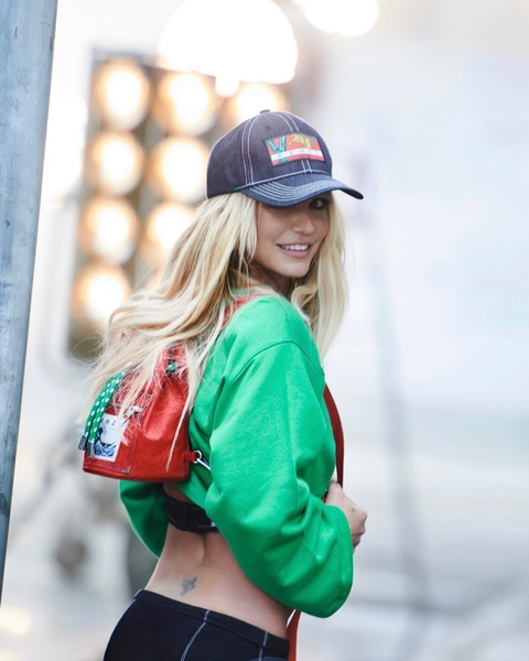 RITNEY SPEARS BECOMES THE FACE OF NEW KENZO CAMPAIGN!