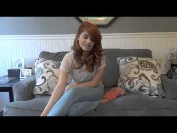 EXCLUSIVE: Sneak peek at our photo shoot with Debby!