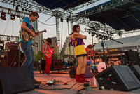 Deerhoof :: Gary Meyer