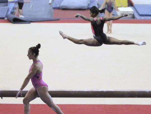 Gabby Douglas, Aly Raisman on U.S. gymnastics team for World Championships