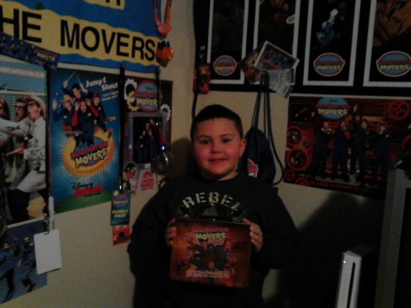 This is Hunter!  This rad dude won a Movers lunchbox that was autographed by Rich, Scott, Dave & Smitty just by being a member of the fan club!  Congratulations Hunter!