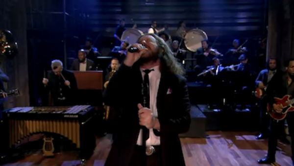 Jim Performs 'A New Life' on Late Night with Jimmy Fallon
