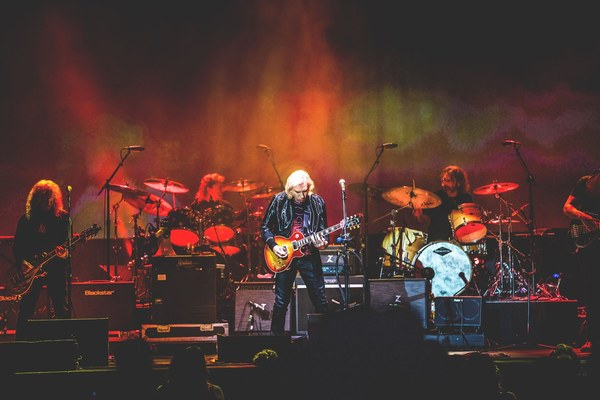 Joe Walsh Pittsburgh, PA One Hell Of Night Tour Wrap