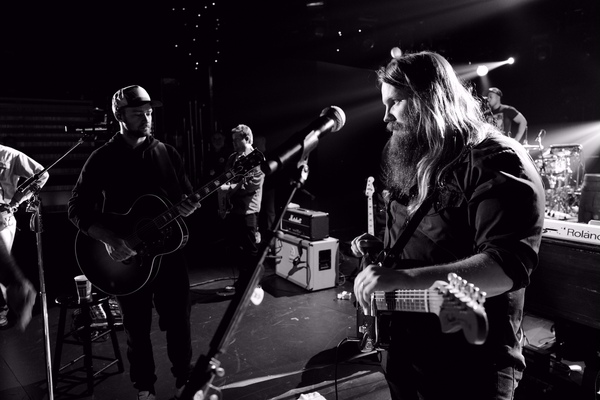 Chris Stapleton And JT To Perform Together At The 2015 CMAs