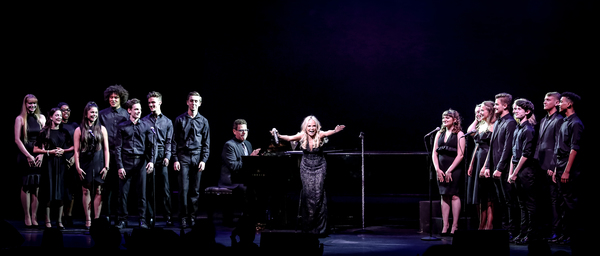 Kristin Announces Places! The Kristin Chenoweth Experience