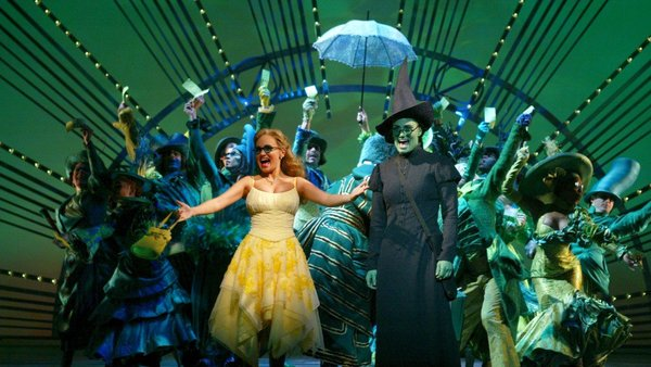 "Kristin to Host ""A Very Wicked Halloween: Celebrating 15 Years on Broadway"""