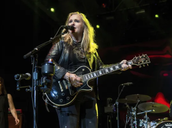 Review: Melissa Etheridge kicks off 'Medicine Show' tour in Bonita with passion, fire and lust