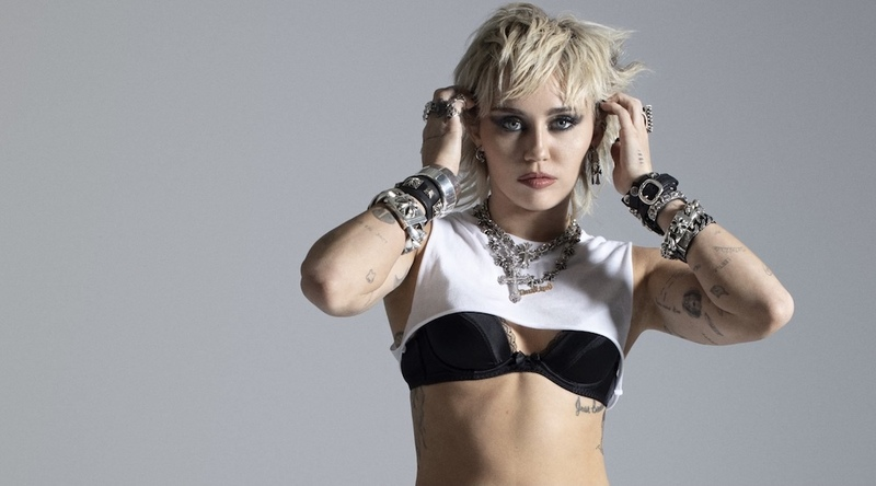 Miley Signs With Columbia Records