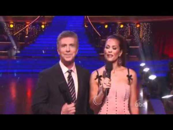 Dancing With The Stars - October 11, 2011