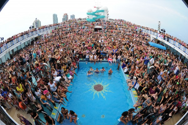 NKOTB CRUISE 2011- sail away party on the Carnival Destiny