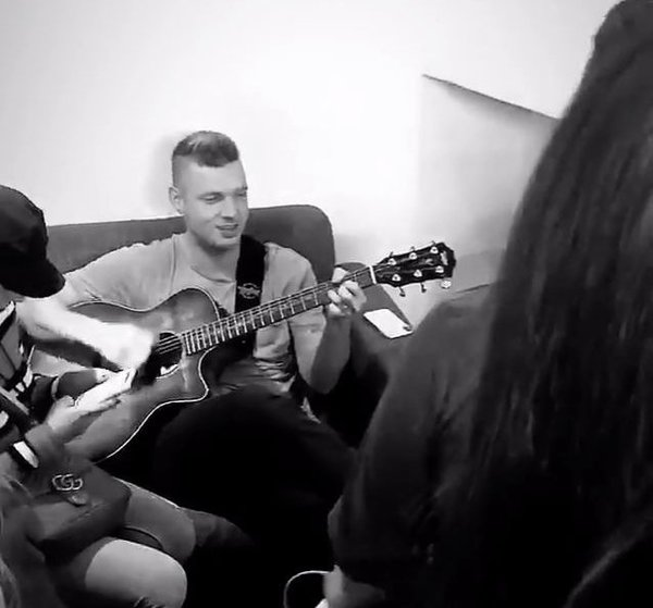 Behind The Scenes: The Ultimate Nick Carter Fan Experience