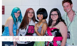 Nicki minaj photos femme fatale meet n greet in chicago milwaukee here are photos of nicki minaj during the femme fatale tour on july 8th 9th in chicago and milwaukee nicki minaj held her meet n greet with her fans in m4hsunfo