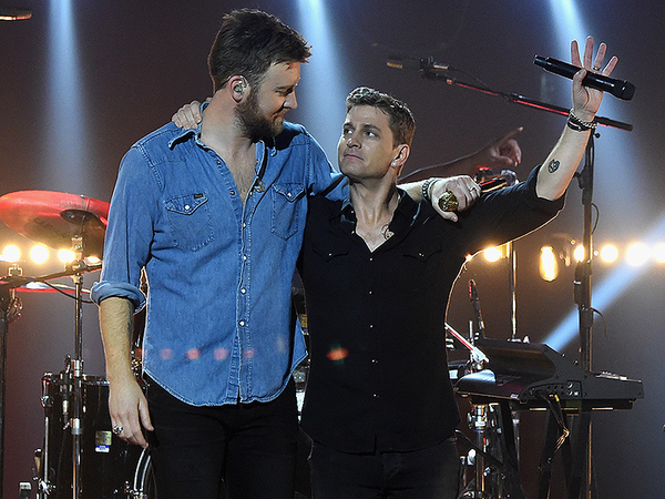 Thomas Rhett and Nick Jonas, and Charles Kelley and Rob Thomas Join Forces for CMT Crossroads