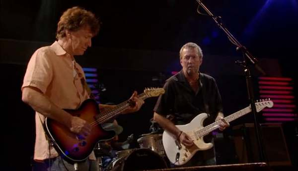"Steve Winwood and Eric Clapton - ""Can't Find My Way Home"" - Live at Crossroads Guitar Festival Chicago, July 28th, 2007"
