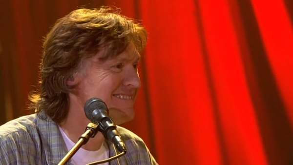 "Steve Winwood - ""Glad"" - Live at PBS Soundstage, 2005"
