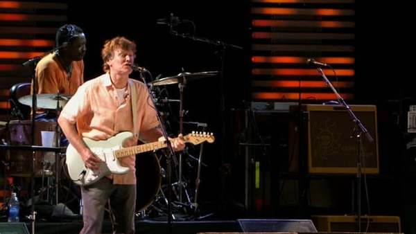 "Steve Winwood and Eric Clapton - ""Dear Mr. Fantasy"" - Live at The Crossroads Guitar Festival, 2007"