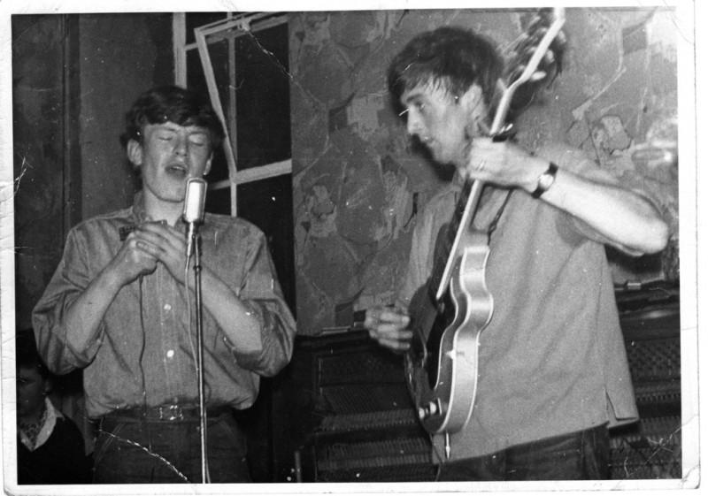 Steve Winwood and Spencer Davis (L to R), UK Circa 1962