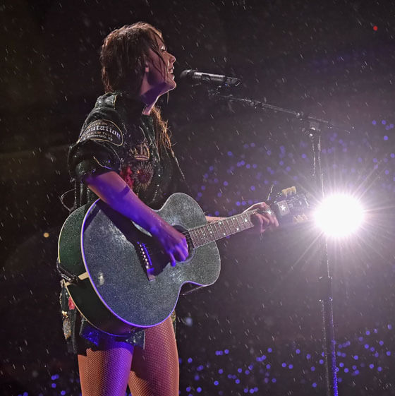 TAYLOR MAKES HISTORY AT METLIFE STADIUM